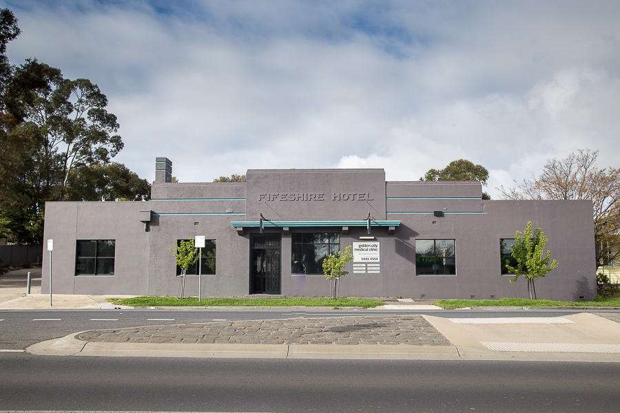 Golden City medical clinic front